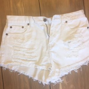 Forever 21 white cut off ripped shorts size 28